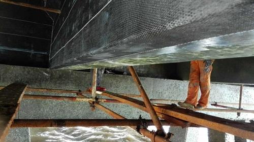 根据不同的桥梁加固方法,选用不同的桥梁加固施工材料