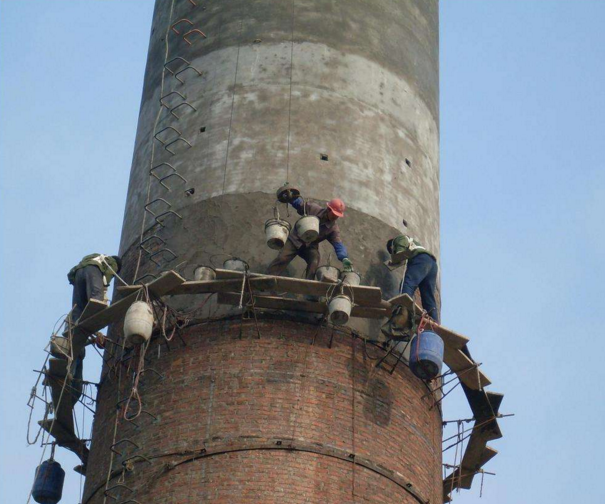老旧工业区烟囱怎么加固?水泥烟囱加固法