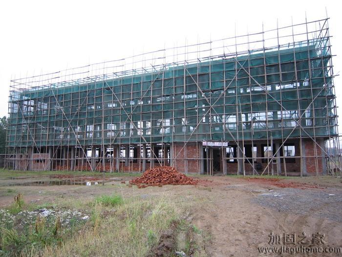 临近开学,多所学校加固改造工程已完工
