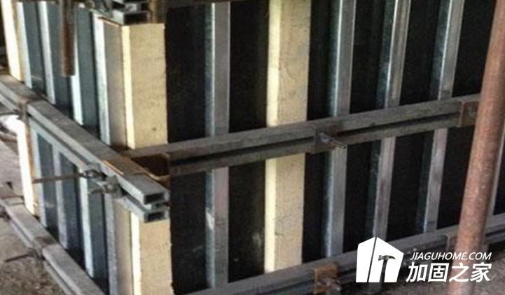 详解建筑加固工程中剪力墙模板加固知识