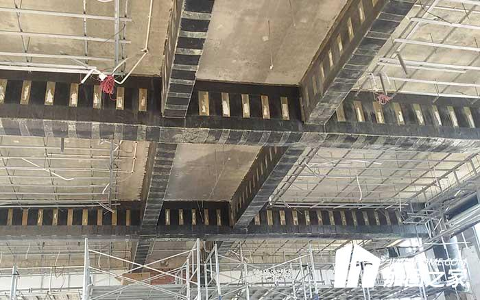 自建房粘钢加固施工