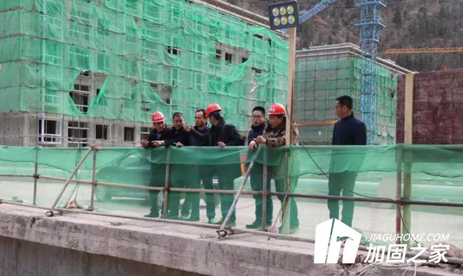 江达县推进县城堤防除险加固工程建设