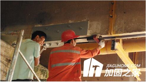 置换混凝土加固施工时,需要注意什么问题?