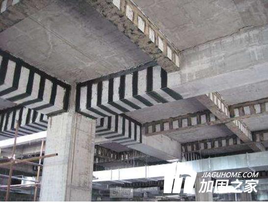 粘钢加固与碳纤维加固区别详解!