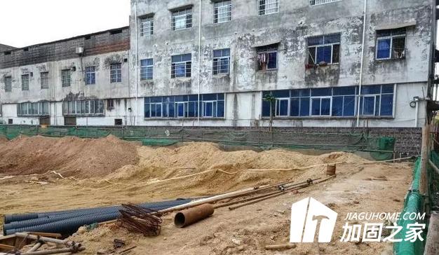 周边施工导致楼房墙体开裂 地基下沉或倾斜该怎么办?
