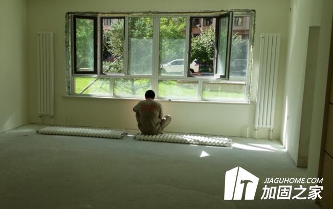 在房屋装修的时候,能在承重墙上打孔吗?