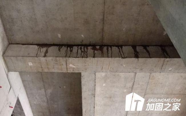 混凝土裂缝是由哪些原因引起的?