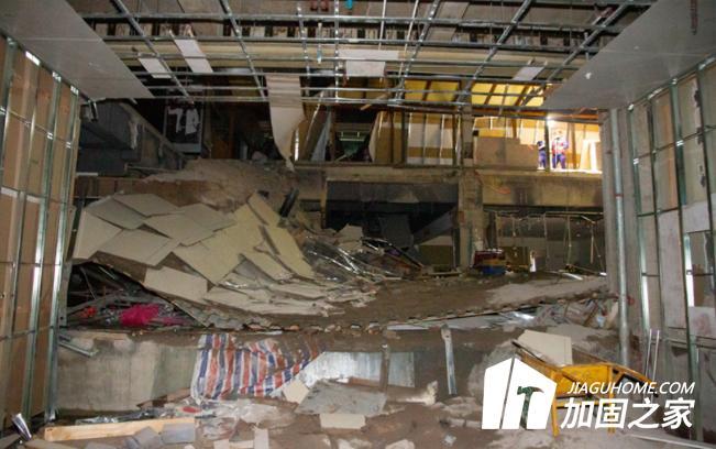 云南商场楼层坍塌,如何预防建筑安全事故?