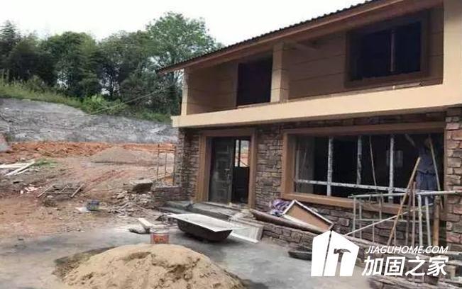 农村旧房改造时地基加固需注意