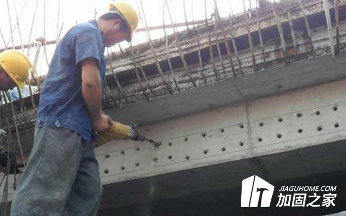 建筑加固工程植筋胶的使用和注意事项