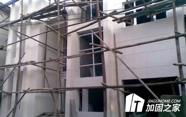 房屋基础沉降需要怎样去加固?