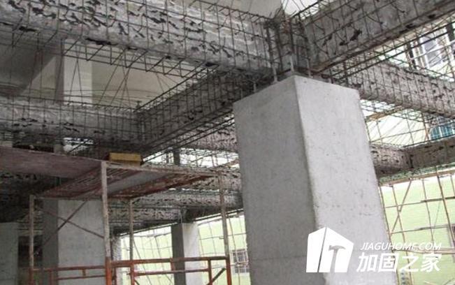 在结构加固补强中,如何保证结构稳定的?