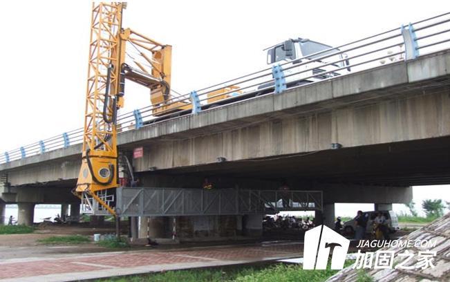 处理好裂缝是桥梁加固的关键