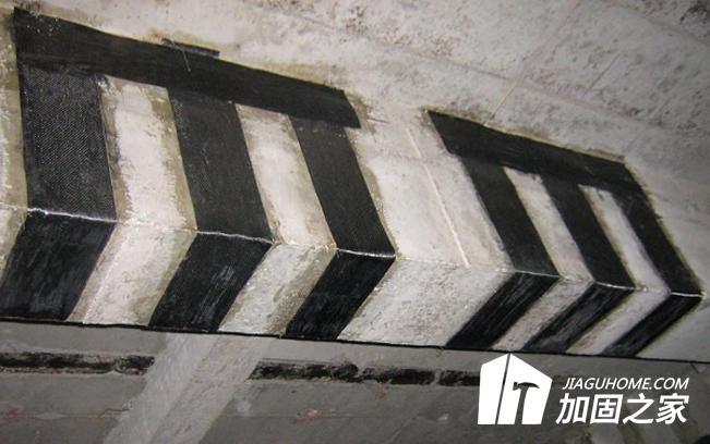 碳纤维布加固与粘钢加固能否互换呢?