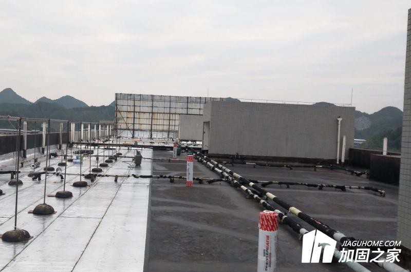屋顶漏水,如何采取防水措施?