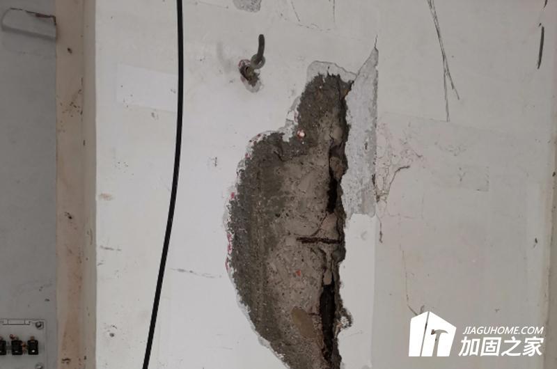 钢筋的锈蚀先锈后裂